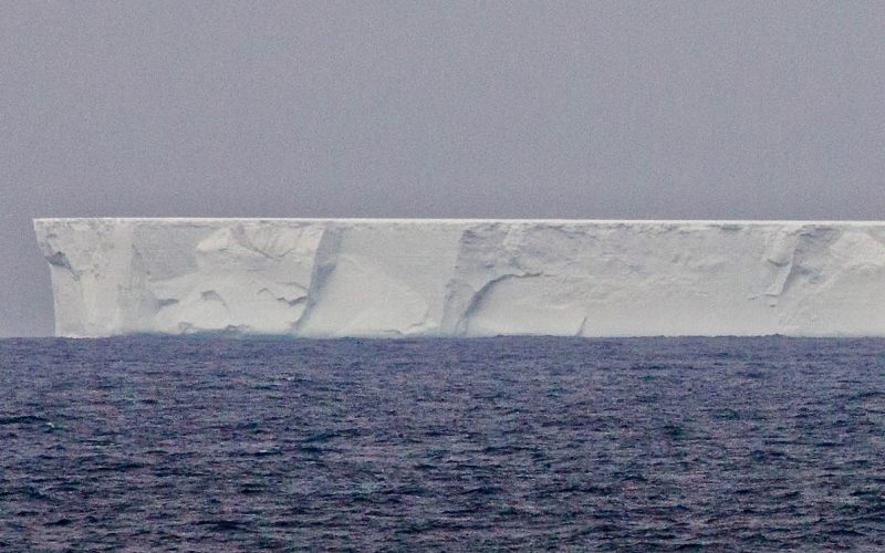 What will happen to sea level when this huge iceberg melts?