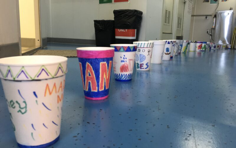 Science on board/Education – Styrofoam cups into the deep ocean