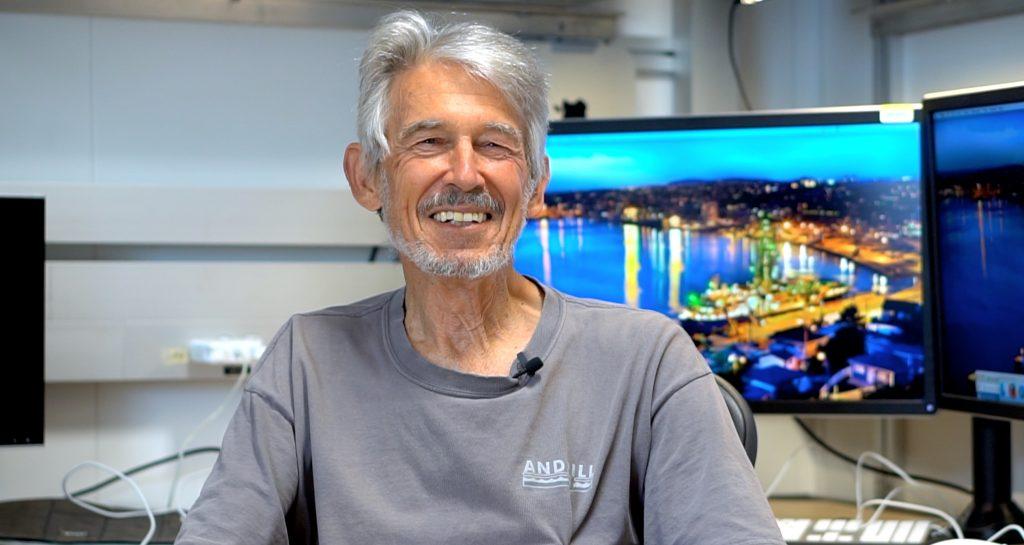Prof Peter Barrett