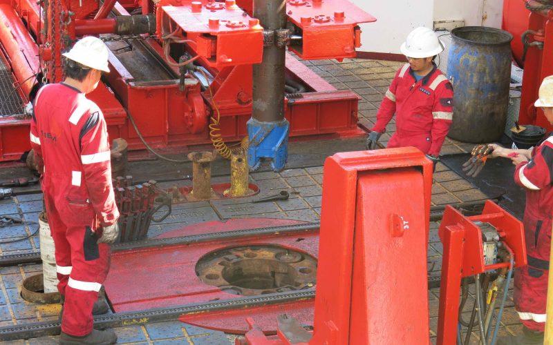 In Guaymas Basin, Drilling!